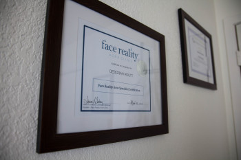 face reality acne specialist